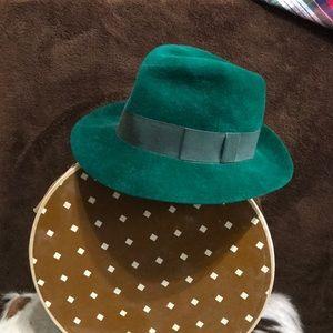 Yves Saint Laurent Green Felt Hat in Size 7 1/2